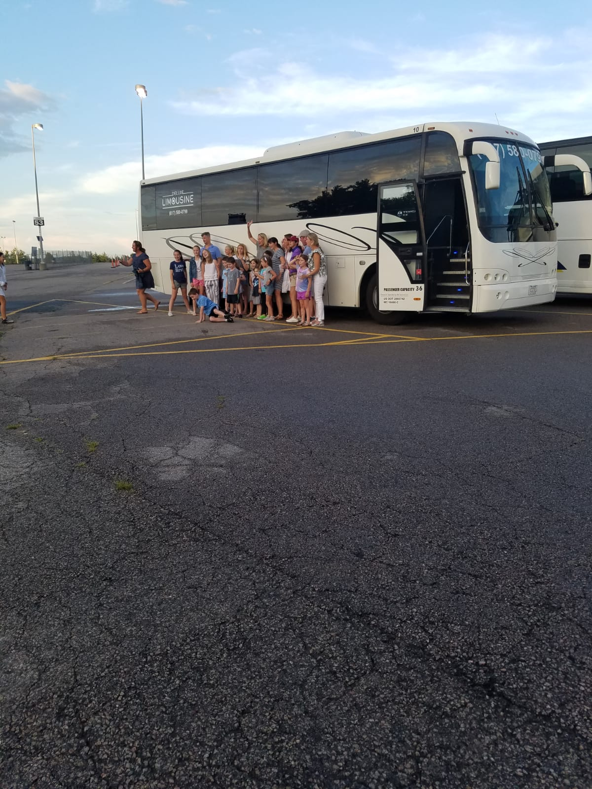 36-Passenger-Party-Bus-kids-party