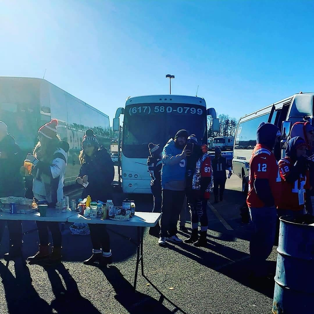 36-Passenger-Party-Bus-with-Bathroom-tailgate-party